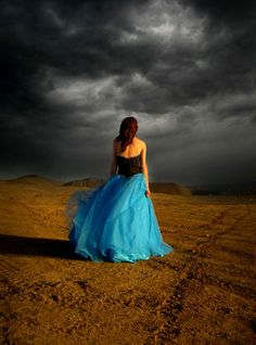 desert prom dress photo photoshoot