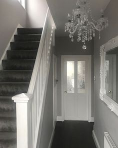 relaxing mirror designs ideas for hallway interior desig Hallway Wallpaper, Hallway Mirror, Upstairs Hallway, Entry Hallway, House Stairs, Carpet Stairs, Grey And White Hallway, Landing Decor, Hallway Colours