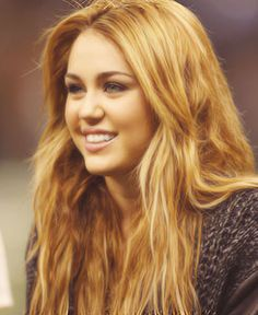 Old Miley tht I used to love with long beautiful brown hair