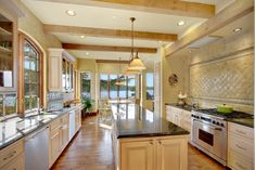 kitchens counter space and kitchen walls on pinterest. Black Bedroom Furniture Sets. Home Design Ideas