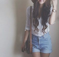 Nice Cute Summer Outfits Perfect outfit for a simple, casual day. Short Outfits, Summer Outfits, Cute Outfits, Teen Fashion, Fashion Beauty, Fashion Outfits, Vogue, Well Dressed, Passion For Fashion