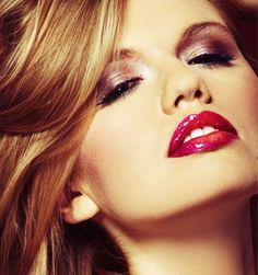 Take care of your pouts and make them look attractive and appealing by practicing home remedies for dry lips. Lighten dark lips by few handy lip care tips Day Makeup, Makeup Tips, Natural Face Pack, Eyelash Extension Supplies, Eyelash Technician, Eyelash Perm, Individual Eyelash Extensions, Long Lasting Lipstick, Dark Lips