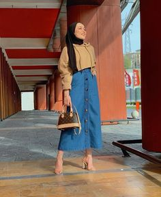 [New] The 10 Best Outfit Ideas Today (with Pictures) - Hijab Casual, Hijab Outfit, Hijab Chic, Modern Hijab Fashion, Street Hijab Fashion, Muslim Fashion, Hijab Mode Inspiration, Moda Hijab, Mode Outfits