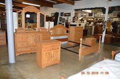 Amish Made Oak Bedroom Set for Queen