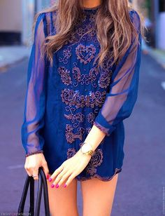 Blue Embroidered Blue Chiffon Dress It's a bit short but it's pretty! Cher Horowitz, Look Fashion, Fashion Beauty, Dress Fashion, Street Fashion, Blue Chiffon Dresses, Moda Chic, Look At You, Mode Style