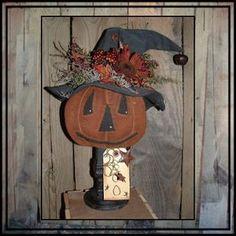 Primitive Autumn, Primitive Pumpkin, Primitive Folk Art, Primitive Crafts, Primitive Christmas, Primitive Fall Decorating, Primitive Scarecrows, Primitive Decorations, Fall Decorations