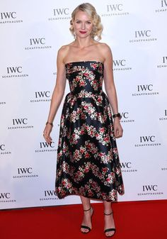 Cannes Film Festival 2013: Naomi Watts looked stunning in floral Dolce and Gabbana.