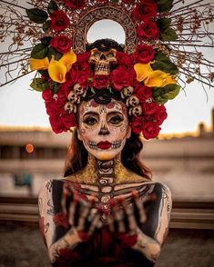 Maquillaje para Halloween y Día de Muertos 2019 – Trends Virtual Mexico Day Of The Dead, Day Of The Dead Mask, Day Of The Dead Party, Day Of Dead, Halloween Inspo, Halloween Kostüm, Halloween Costumes, Mexican Halloween, Costume Sexy