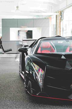 Lamborghini Photos serie 7 – Picture of Lamborghini : Ferrari, Maserati, Sexy Cars, Hot Cars, Rolls Royce, Veneno Roadster, Porsche, Lamborghini Veneno, Lamborghini Photos