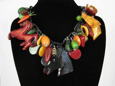 Horse Necklace - Huge, Chunky Vintage Bakelite (Loaded with Charms and… Plastic Jewelry, Old Jewelry, Vintage Jewelry, Jewellery, Horse Necklace, Diy Necklace, Gold Gift Boxes, Personalized Necklace, Or Antique