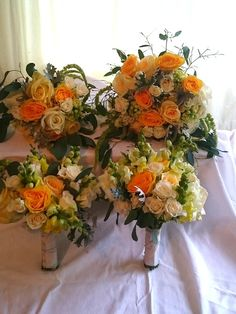 Bride and bridesmaid's bouquets from a September wedding, yellow is such a happy colour to work with :-)