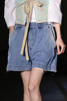 Maison Martin Margiela Clp Bis at New York Spring 2015 (Details) Spring Summer 2015, Spring Summer Fashion, Blue Jeans, Denim Skirt, Fashion Show, Runway, New York, Shorts, Archive