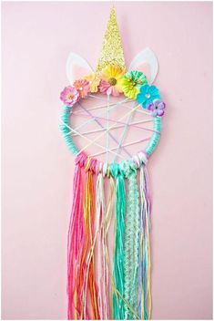 DIY Unicorn Necklace Kids Craft with Free Printable Labels - toyshare subscriptions Kids Crafts, Diy And Crafts, Craft Projects, Arts And Crafts, Teen Summer Crafts, Craft Ideas, Crafts To Make And Sell Easy, Diy Ideas, Baby Diy Projects