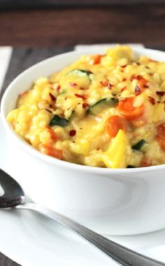 Low FODMAP and Gluten Free Recipes -  Vegetable risotto  --  http://www.ibssano.com/low_fodmap_recipe_vegetable_risotto.html