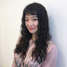 Medium Hair Styles, Curly Hair Styles, Hair Medium, Face Wash, Bangs, Girl Fashion, Hair Makeup, Hair Color, Hair Beauty