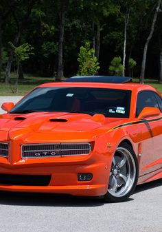 A chance to get your own Chevy Camaro SS coupe 2 door instead of drooling over other peoples. Check it out at eBay! #MuscleCarMonday