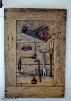 Gorgeous Farmhouse Projects:  I could do this with some of Daddy's old tools.  :)