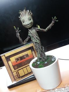 Dancing Baby Groot DIY
