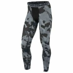 A Quick Guide To Choosing A New Pair Of Sneakers. Sneakers are probably the most important product in a sports closet. Nike Tights Men, Workout Gear For Men, Camouflage, Gym Outfit Men, Football Gear, Nike Pro Combat, Mens Activewear, Leggings, Gym Wear
