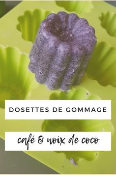 A quick and easy recipe for a smooth homemade scrub with an exquisite smell guaranteed ! Beauty Secrets, Diy Beauty, Beauty Hacks, Beauty Makeup, Foot Detox Soak, Coconut Scrub, Homemade Scrub, Eyeliner, Homemade Cosmetics