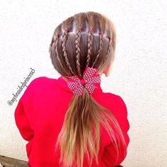 """""""❤️elastics and braids today to side ponytail❤️ #schoolhair #schoolhairideas…"""