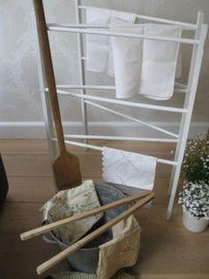 wit brocante wasrek of droogrek, vondst van Fynd Treasures. Voor op zolder