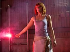 Jurassic World Claire, Jurassic Park World, Bryce Dallas Howard, Claire Dearing, Pink Hair Dye, Becoming A Father, World Movies, Learn To Run, Universal Pictures