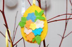#pisanka #jajko #pisanki #jajka #wielkanoc #święta #easter #easter egg #egg #rękodzieło #handemade #craft #dekoracje #ozdoby #decoration #filc #felt #wiosna #spring Facebook Sign Up, Christmas Ornaments, Holiday Decor, Spring, Xmas Ornaments, Christmas Jewelry, Christmas Ornament, Christmas Decorations