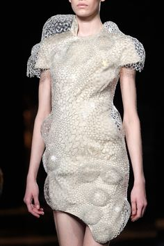 Sculptural Fashion - 3D printed dress with contoured structure; futuristic fashion // Iris Van Herpen Fall 2016