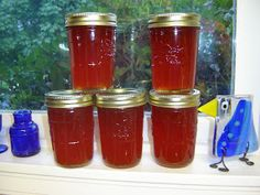 Mennonite Girls Can Cook: Red Pepper Jelly