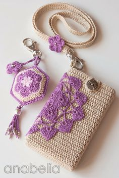 Crochet Phone Cover Free Crochet Bag Patterns Part 14 - Beautiful Crochet Patterns and Knitting Patterns - Free Crochet Bag Patterns Part 14 Crochet Diy, Beau Crochet, Crochet Case, Love Crochet, Crochet Gifts, Beautiful Crochet, Crochet Ideas, Mobiles En Crochet, Crochet Mobile
