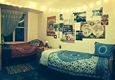 Boho style dorm room! Don't forget to get a student discount on dorm room decor at Studentrate.