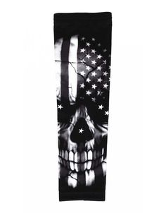 Monochrome skull US American flag football baseball compression arm sleeve #baseballsleeves #USAFlag #AmericalFlag #Skull #Halloween #FootballGear #BasketGear