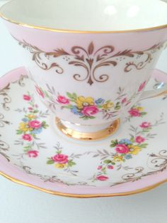 Vintage Queen Anne English Bone China Teacup