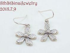 6b72ee4f8 W1155 Retired Silpada Flower Sterling Silver 925 Dangle Earrings 2006-07 # Silpada #DropDangle