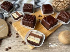 Čokoládové kostky - Víkendové pečení Pavlova, Cheesecake, Food, Cheesecakes, Essen, Meals, Yemek, Cherry Cheesecake Shooters, Eten