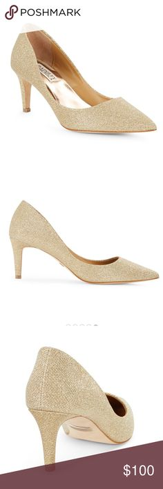 NEW $195 Badgley Mischka Poise Gold Champagne 10 M STYLE #:POISE Poise by Badgley Mischka. Poise is a sparkly showstopper with all-over shimmer. This glamorous style is as comfortable as it is fashion-forward. The beautiful style features a subtle shimmer to dress up any outfit. A stable heel ensures a graceful walk for your special night out. The ladylike silhouette, a classic pump with a pointed toe, will coordinate with all your best evening attire in silver or platino, diamond drill…