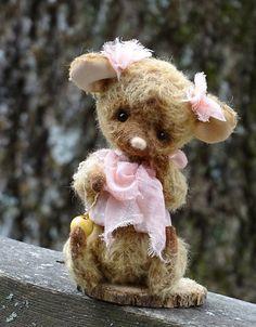 Artist Teddy Mouse Lulu. Teddy Bear friends. by FeltSilkArtGift