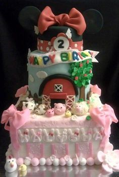 Minnie Mouse n' the Farm - Cake by SaSaBakery