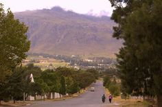 """The Western Cape is most likely the """"oddest"""" part of Sub-Saharan Africa. With no matching climate, vegetation, agricultural or cultural zone somewhat. Cape Town, Places Ive Been, South Africa, Grand Canyon, Westerns, Dolores Park, Lifestyle, Country, City"""