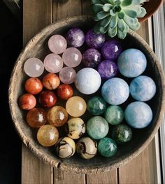 Home Decor Designs That Will Illustrate You The Beauty Of Geometric Decor These high quality Gemstone balls will add the charms in your home Known for their natural beauty which make every pair amazing. Crystal Healing Stones, Crystal Magic, Crystal Grid, Crystal Ball, Crystal Shop, Crystals And Gemstones, Stones And Crystals, Crystal Aesthetic, Crystal Decor
