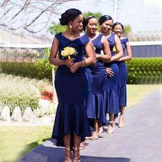 African Wedding Attire, African Attire, Black Bridesmaids Hairstyles, Natural Hair Wedding, Best Casual Dresses, Dresser, Mermaid Bridesmaid Dresses, Gowns For Girls, Blue Wedding Invitations
