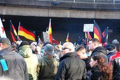 Demonstration von Pro NRW und Gegnern in Köln ohne Zwischenfälle – Wieder über 1.000… #Stadtgespräch #Abreise #Achim_Ezer #aktuell #Anreise
