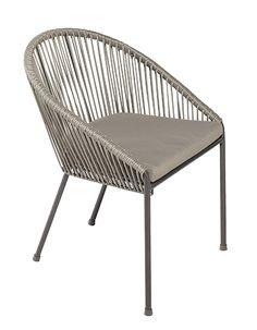 Conjunto de comedor exterior formado por mesa de madera de eucalipto FSC de forma rectangular y seis sillones con estructura de acero y ratán sintético. Las sillas...