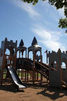 Zamek Windsor www.larslaj.pl bajkowe zabawki na plac zabaw