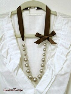 I think I have been asking for this necklace for X-mas for three years...maybe it is time to buy myself a prize.