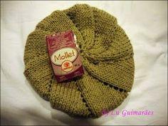 Olá meninas hoje trouxe a receita desta boina lindíssima e fácil vejam:        Receita :   Boina fácil     1 novelo (100g) lã Cisne Mollet... Crochet Shawl, Knit Crochet, Knitting Patterns, Crochet Patterns, Crochet Amigurumi, Knitwear Fashion, Cute Hats, Beautiful Patterns, Baby Hats