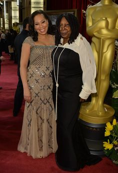 At the Academy Awards, Whoopi Goldberg was joined by her daughter, Alex Martin. My dress for wedding. Whoopi Goldberg, Celebrity Babies, Celebrity Photos, Black Celebrities, Celebs, Beautiful Family, Beautiful People, Family Comes First, Oscar Fashion