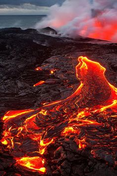 Hot Lava Flow from Volcano Volcan Eruption, Terre Nature, Foto Nature, Landscape Photography, Nature Photography, Erupting Volcano, Lava Flow, Natural Phenomena, Science And Nature