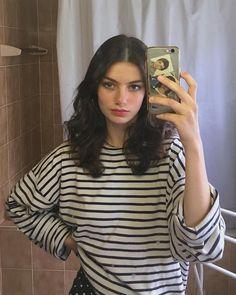 Aesthetic Hair, Bad Girl Aesthetic, Pretty People, Beautiful People, Turkish Beauty, Tips Belleza, Beautiful Actresses, Makeup Looks, Hair And Beauty